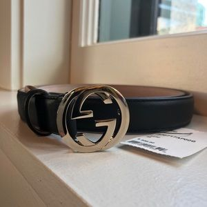 GUCCI BLACK LEATHER BELT